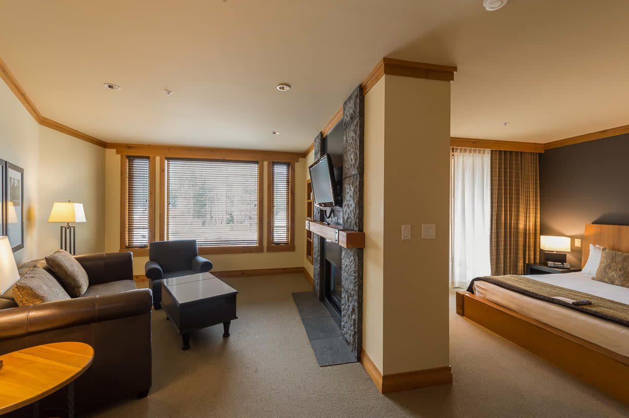 1 bedroom suite at Nita Lake Lodge