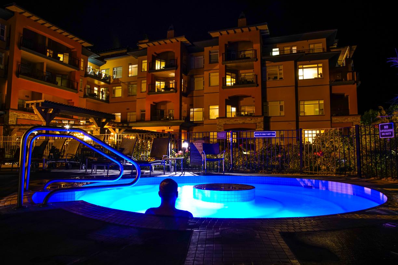 Hot tub at the Watermark Beach Resort Osoyoos