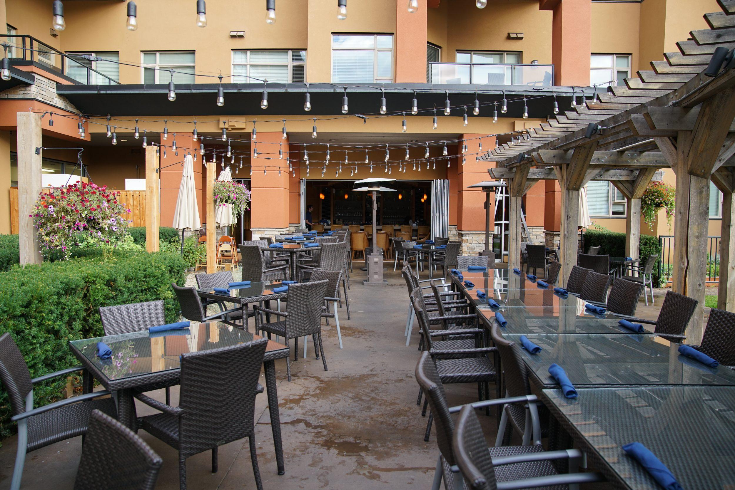 Restaurant at the Watermark Beach Resort