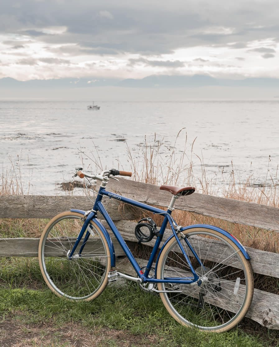 Cycling around the coast in Victoria, Canada