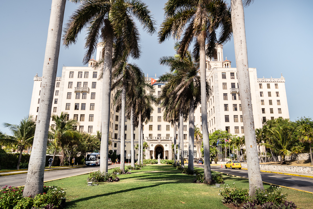 Hotel Nacional de Cuba entrance