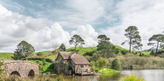 Visiting Hobbiton New Zealand Matamata