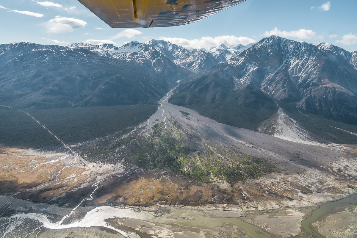 Flying over the Kluane National Park mountains