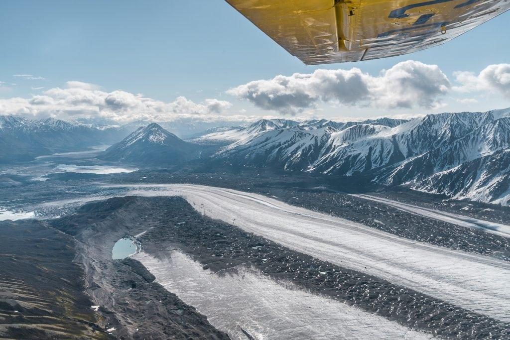 Kaskawulsh glacier flightseeing tour