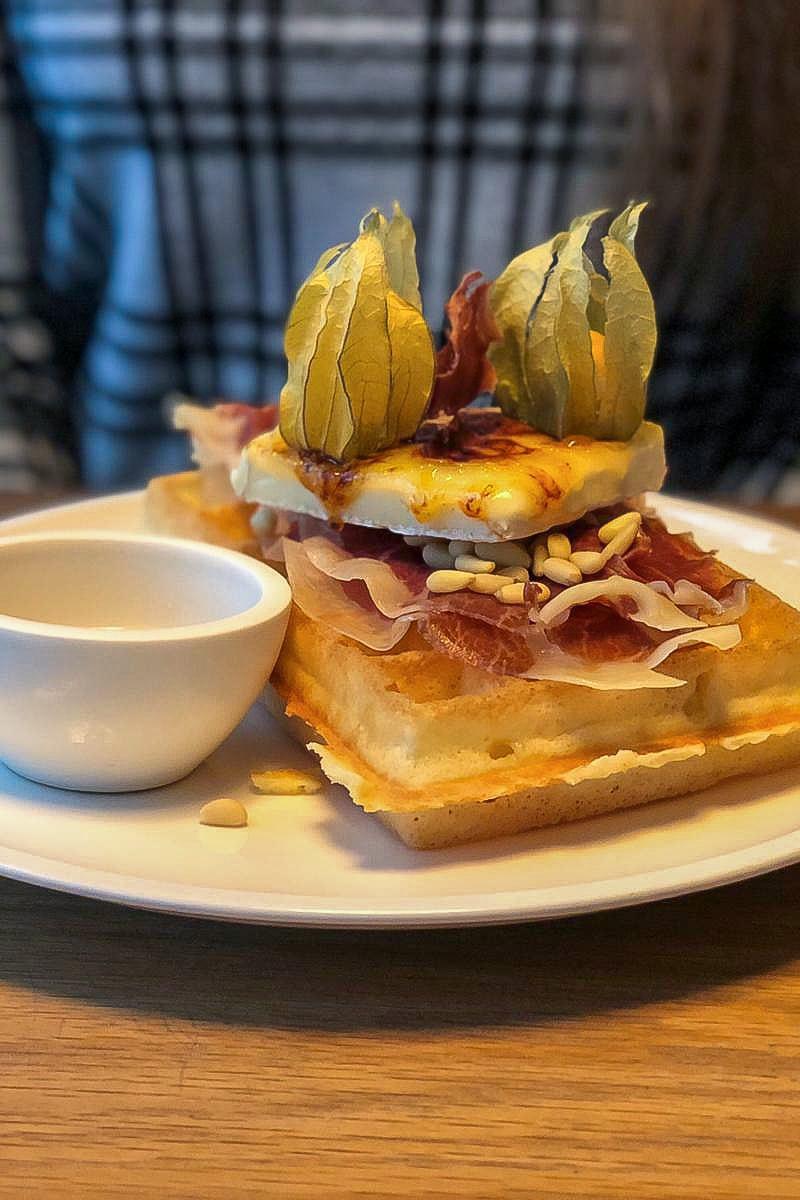 waffle Nero Vancouver