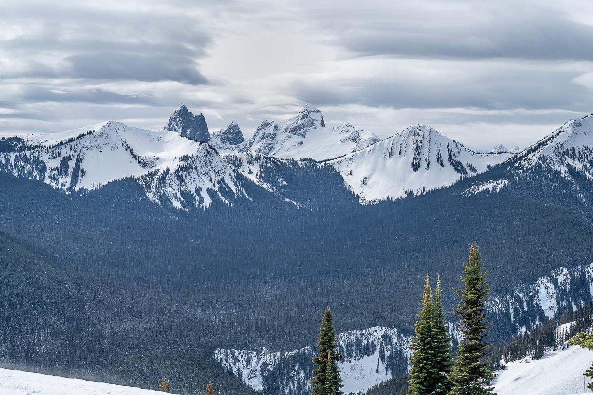 Manning ski resort mountains