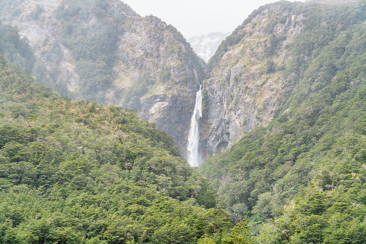 Devils punchbowl waterfall nz
