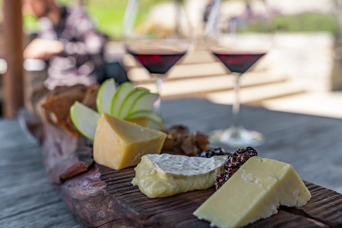 Amisfield winery cheese and wine
