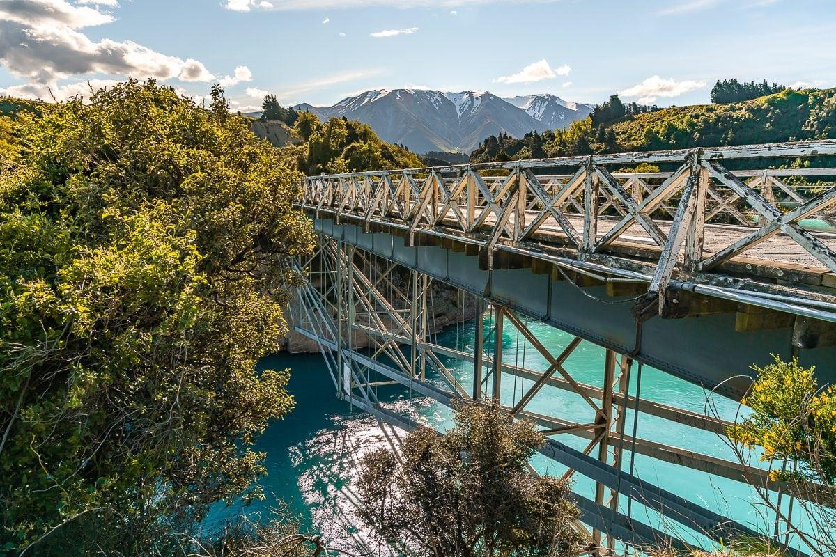 Rakaia Gorge Walkway bridge