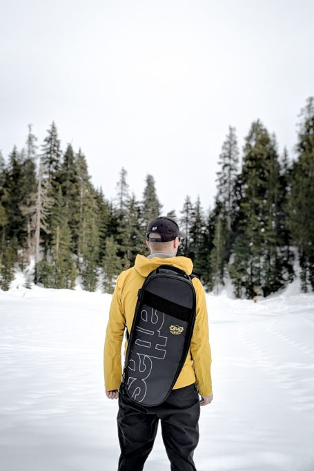 Goodbye 2019, Hello 2020 - A man in a yellow jacket standing on a snow covered slope - Snowboarding