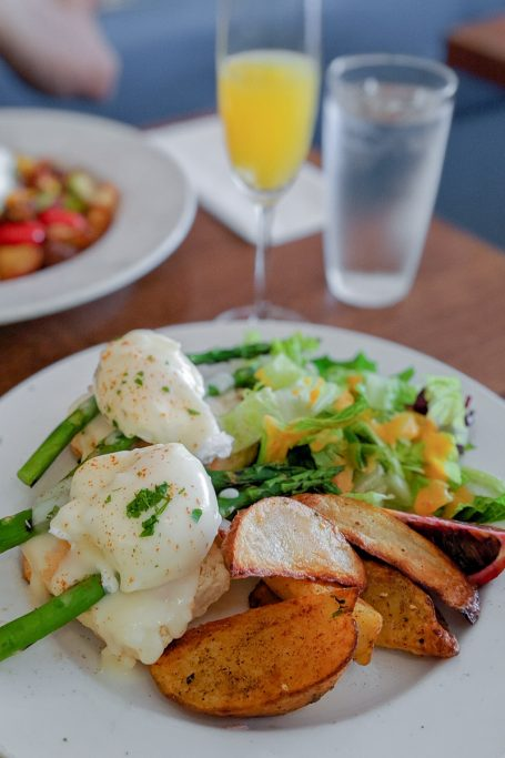 brunch downtown vancouver grub