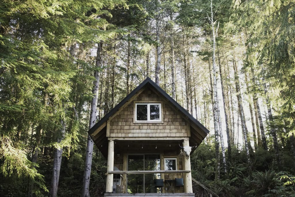 18 Cosy cabins to rent in British Columbia