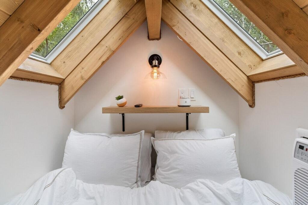 Bedroom - Tree house